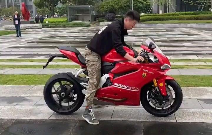 """Cận cảnh âm thanh của """"Ducati Panigale 959"""" Fake 127 triệu đồng"""