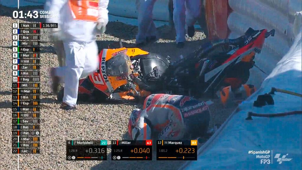 Marc Marquez gặp nạn trong FP3, chiếc RC213V tan nát