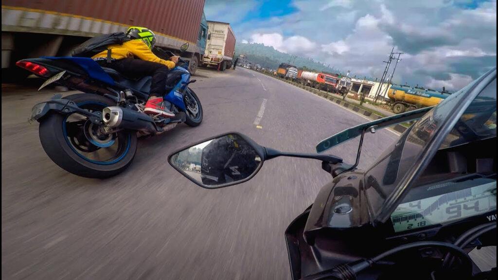 Nín thở với clip Yamaha R15 chạy tour bạo lực